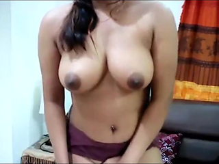 Hello, I'm Khusboo, enjoy a video call with me