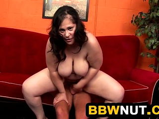 Thick Chick Eaten Out And Fucked