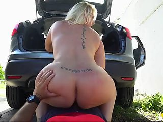 Selah rain is a divorced bbw mom that needs her car