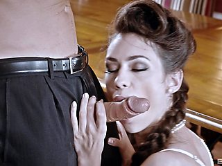Arwen Gold in stockings and lingerie gets fucked on the table