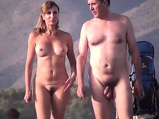 Nudist Beach Females Voyeur Amateurs Hidden Cam Video