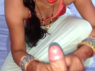 DESI INDIAN HOUSEWIFE HANDJOB