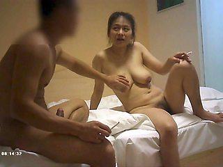 Big tits babe fucked