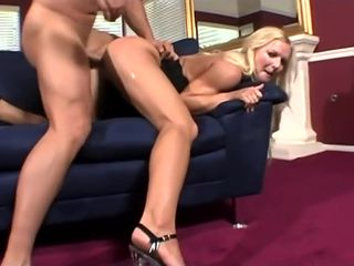 Crazy adult movie Blonde check , it's amazing