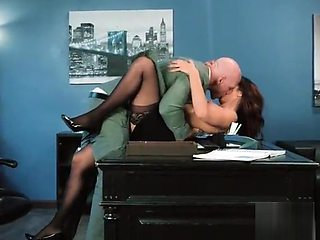 Intercorse Sex Tape With Big Tits Slut Office Girl (Isis Love) mov-10