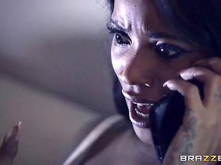Kiki Minaj & Danny D in Bump In The Night - Brazzers