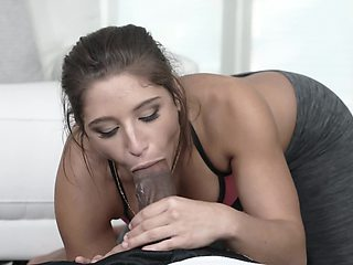 A bimbo is receiving a thick cock in her mouth and she is sucking it well